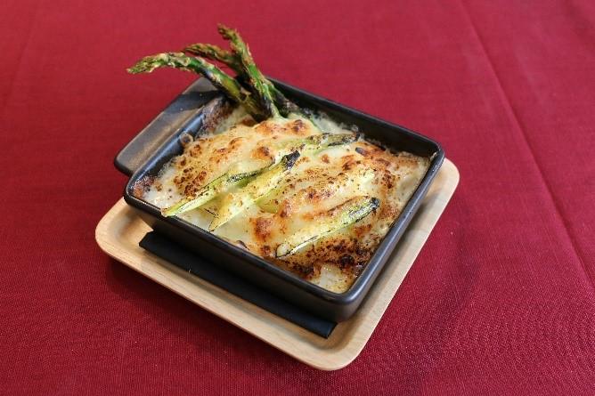 リーンアスパラガスのチーズグラタン