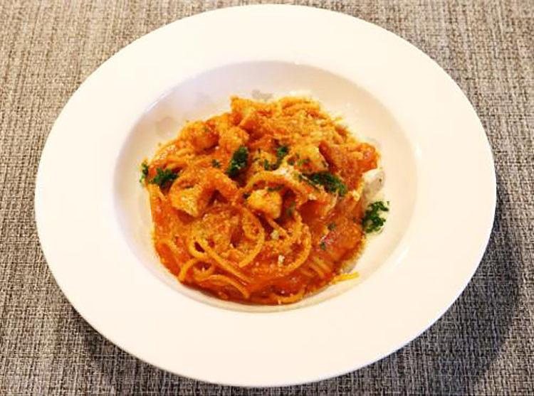 天使の海老の トマトクリームソース Angel shrimp with tomato cream sauce