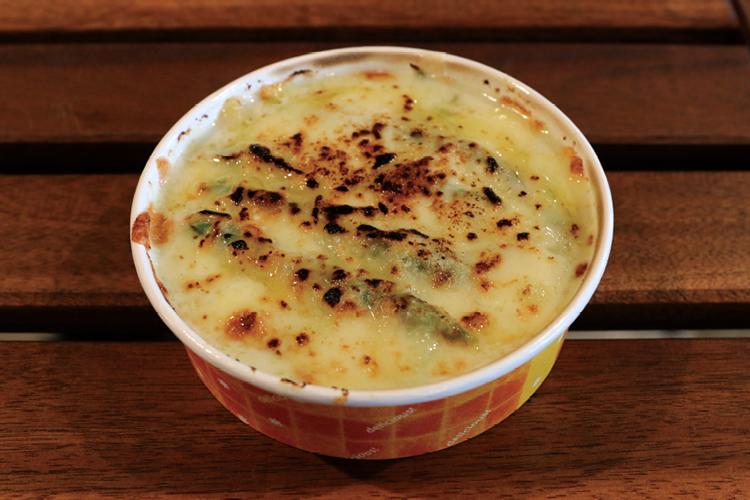 グリーンアスパラガスのチーズグラタン Green asparagus cheese gratin